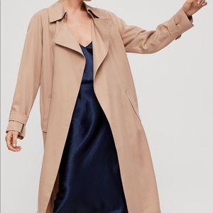 Aritzia Babaton Lawson trench coat in tawny tan LG